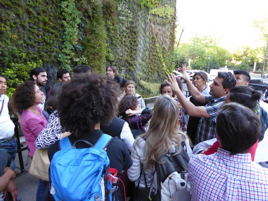Visita Jardines Verticales en Madrid - Visita Caixa Forum