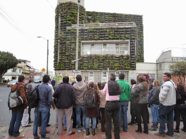 Formación avanzada en muros verdes en BOgotá