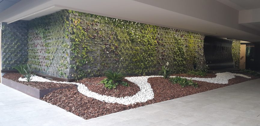 jardín vertical instalado en Benidorm