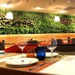 Jardín vertical natural para el interior de un restaurante