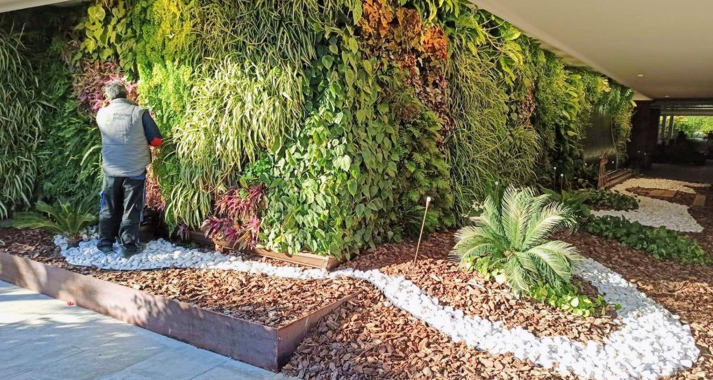 Jardín vertical en hotel benidorm