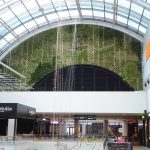 jardin verticalen centro comercial en Barcelona