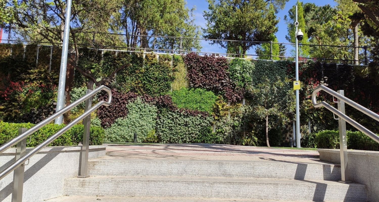 Jardín vertical exterior en Madrid