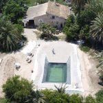 Realización de una piscina natural con playa